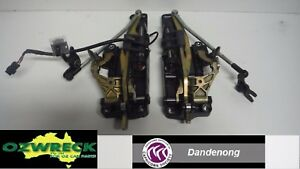 GENUINE-HOLDEN-TS-ASTRA-CONVERTIBLE-ROOF-LATCHES-PAIR