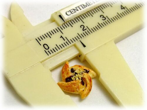Wholesale Dollhouse miniature 20 PCs.of Miniature Danish Pastries Free shipping