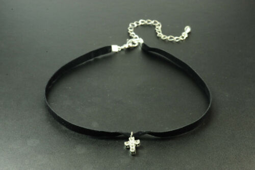 90/'S STYLE GOTH GLAM BLACK SUEDE CHOKER NECKLACE DIAMANTE CROSS PENDANT ZX2