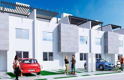 Preciosa casa de 4 baños completos y 3 recamaras a 3 minutos de periferico .