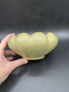 Vintage-McCoy-Pottery-509-Floraline-Matte-Green-Succulent-Scalloped-Planter