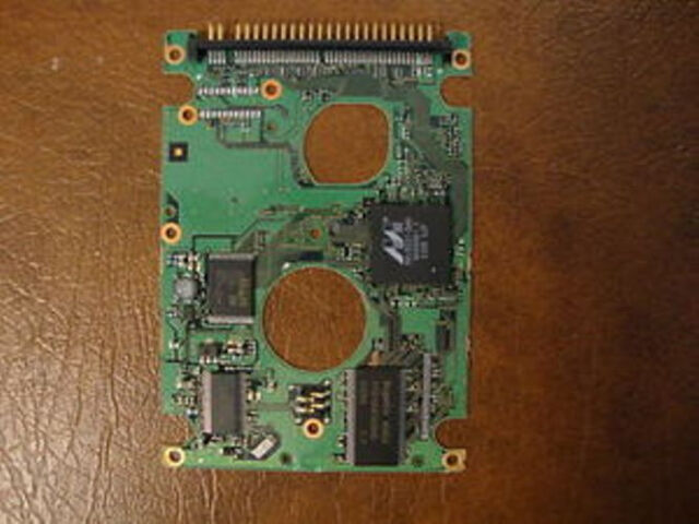 "Fujitsu MHT2060AH, CA06377-B16600C1, 60gb  2.5"" IDE PCB"