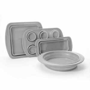 Cook's Companion® 4-Piece Collapsible Silicone Bakeware Set