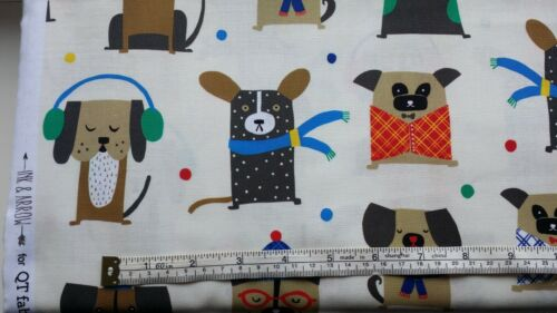 Winter Dogs Fabric Chilly dog on cream 100/% cotton 27145-E fat 1//4s
