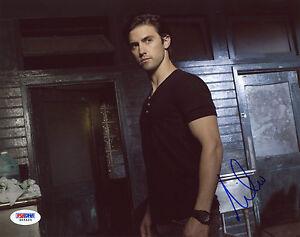 Milo-Ventimiglia-Signed-8X10-PSA-DNA-COA-Photo-Auto-Autographed-PSA-This-Is-Us