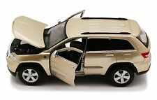 2011 JEEP GRAND CHEROKEE LAREDO GOLD 1:24 DIECAST CAR MODEL BY MAISTO