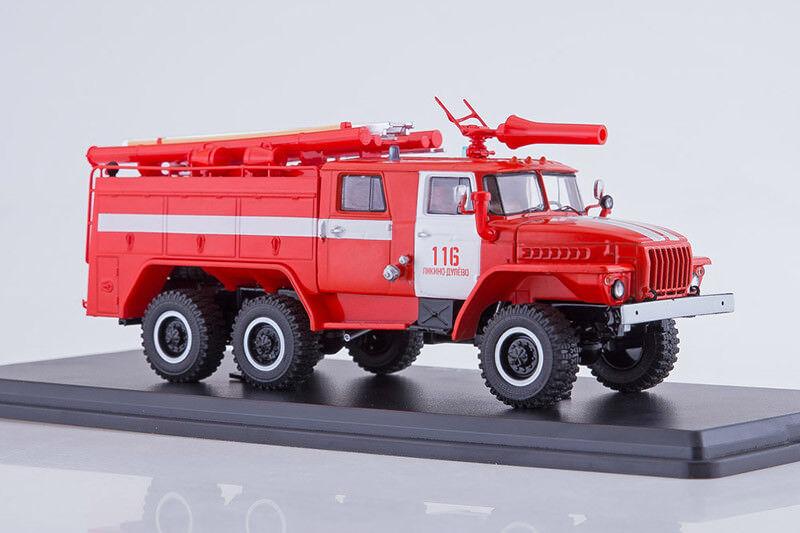 AC-40 PM102B russe camion de pompiers sur URAL 43202 Châssis 1 43 Start Scale Models S