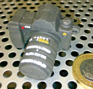 A-mini-Sony-A9000-DSLR-Camera-2gb-USB-memory-stick-clever
