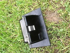 ford mondeo saloon hatchback BREAKING 20002007 CENTRE CONSOLE COIN TRAY POCKET - BRIERLEY HILL, United Kingdom - ford mondeo saloon hatchback BREAKING 20002007 CENTRE CONSOLE COIN TRAY POCKET - BRIERLEY HILL, United Kingdom