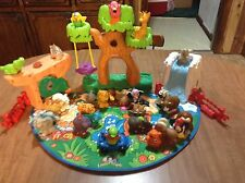 Fisher Price Little People A-Z Learning Zoo, 26 Animals, Ice Slide, Rock, Car