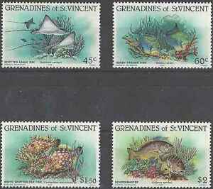 Timbres-Poissons-Grenadines-St-Vincent-311-4-lot-20832