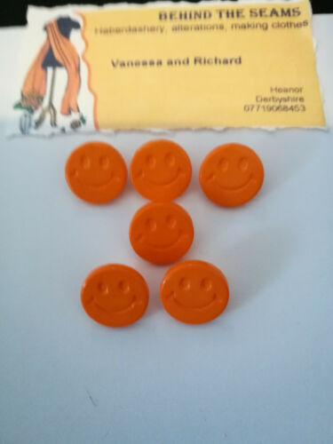 baby,children.Novelty includes 25 Colours Smiley face buttons 15mm round shank