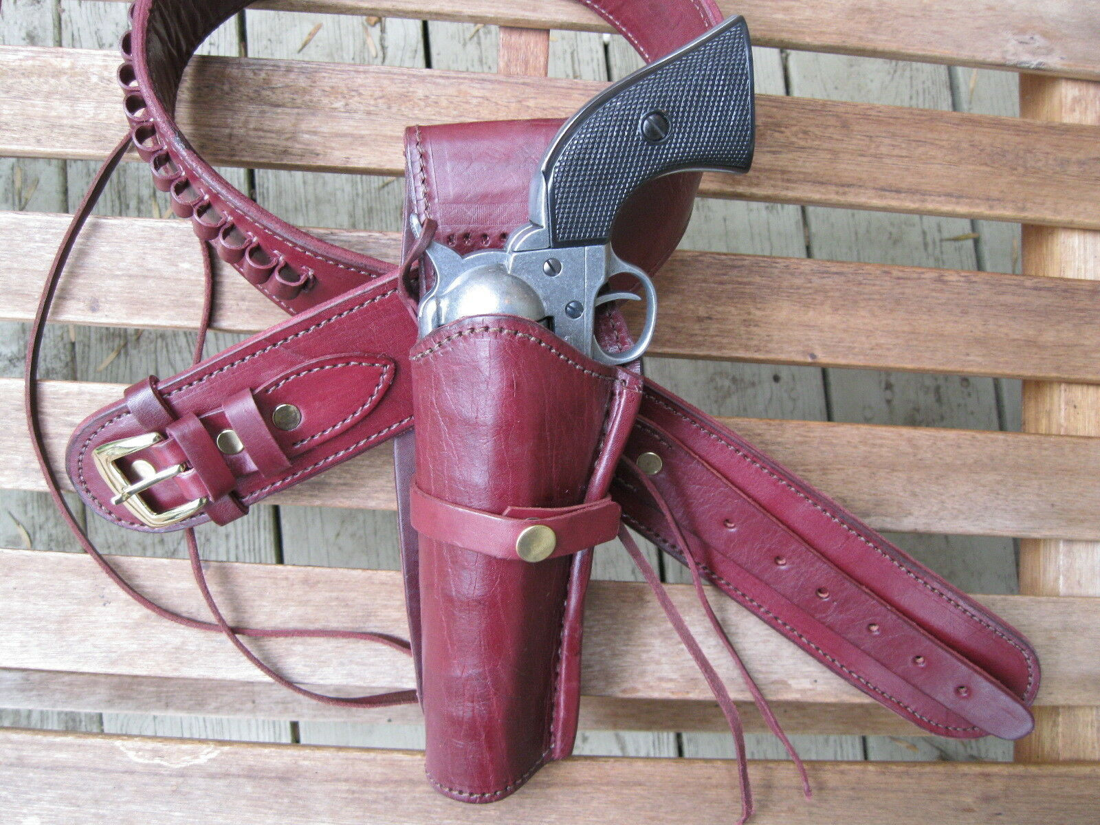 Leather Gun Belt .22 Caliber w Left Hand Smooth Holster Wine Sizes 34  to 50