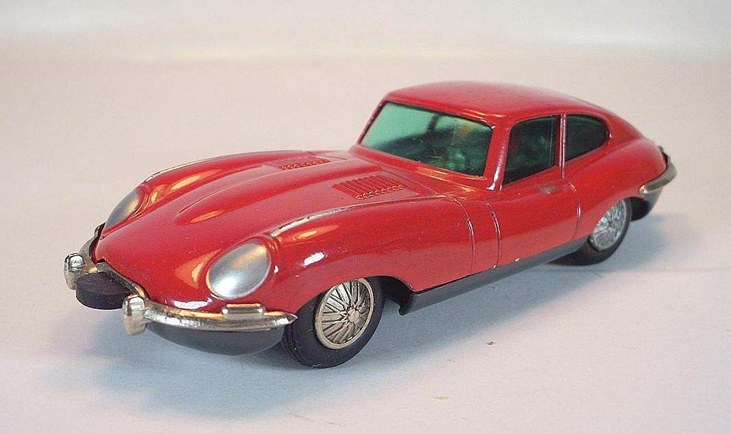 SCHUCO MICRO RACER 1041 1 JAGUAR E TYPE ROUGE VINTAGE années 60er  1390