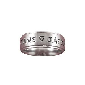 Stainless-Steel-8mm-Personalized-Name-Ring-With-A-Heart-Between-2-Names-amp-a-Date