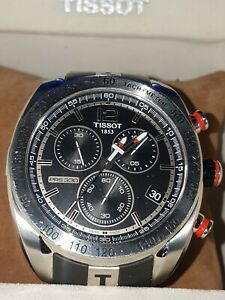 Tissot PRS 330 Chronograph  men's watch, works good! nice watch
