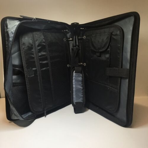 """Case It Dual 100 Black And Gray 2 Sets Of 1-1//2"""" Rings Multi Pouch Zipper Binder"""