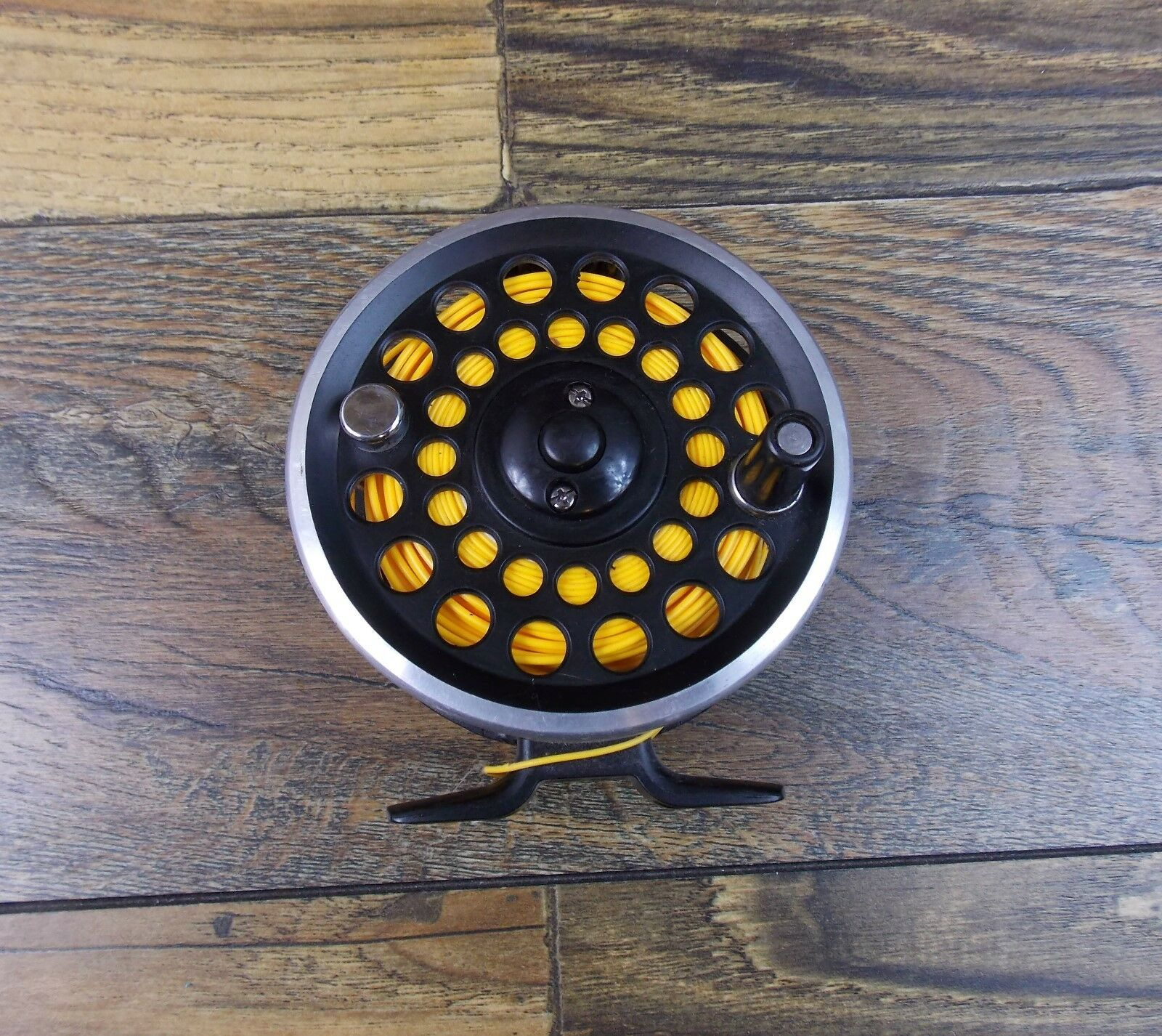 Argus Flight II DC567 K2 Alloy  Fly Fishing Reel With Line  big discount prices