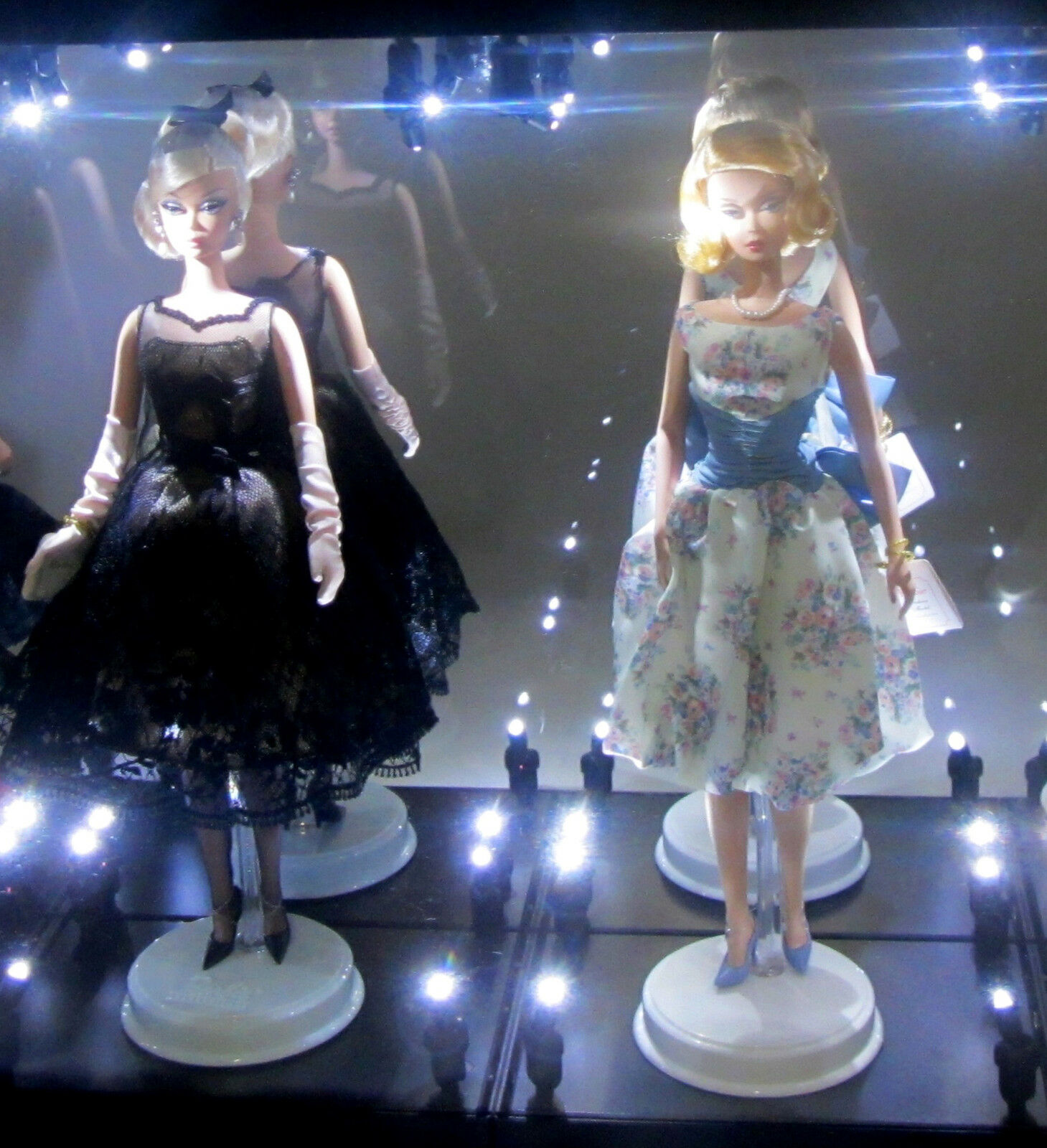 Acrylic Display Case LED Light Box for TWO Silkstone Barbie Collection Doll 2018