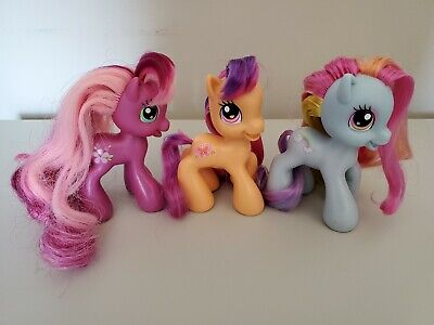 Lot Of 3 My Little Pony G3 5 Rainbow Dash Cheerilee Scootaloo 4 Figure Ponies Ebay Part i lahirien 102 7 cutie mark: lot of 3 my little pony g3 5 rainbow dash cheerilee scootaloo 4 figure ponies ebay