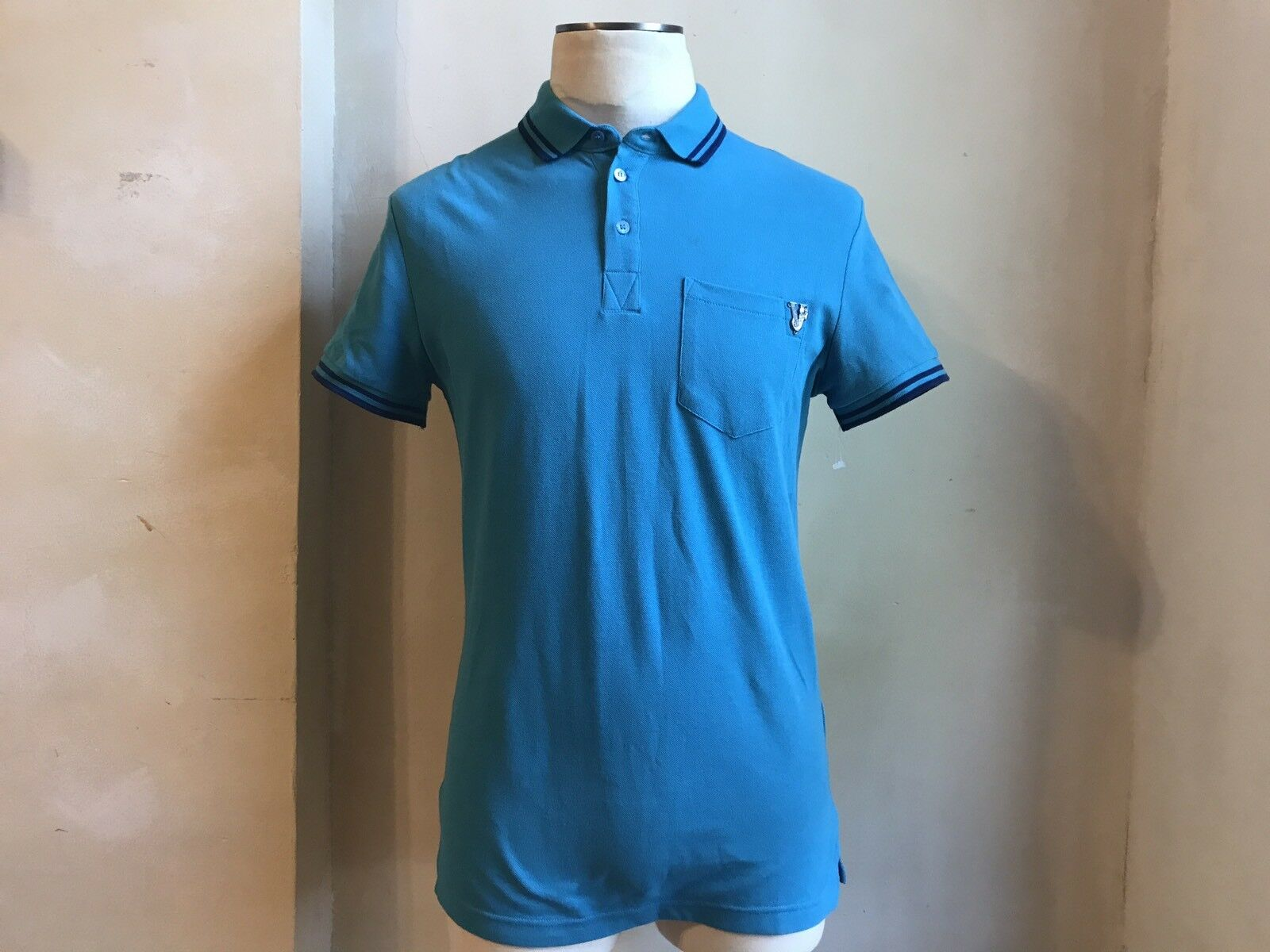 VERSACE JEANS Blau POLO EMBOIDEROT SIGNATURE V PANTHER PRINT POLO T SHIRT S 48 3