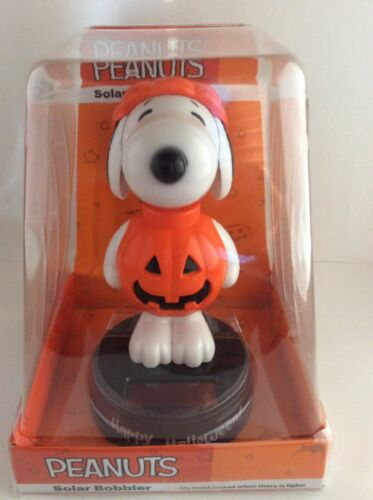 Solar Power Dancing Toy Figute SNOOPY NIP For Home Car Decor Gift