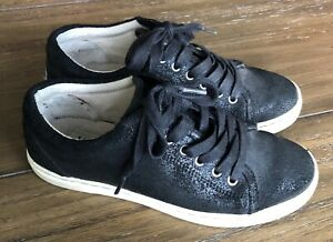 UGG-Australia-TOMI-Black-Bomber-Leather-Sneakers-Size-US-7