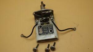 Vintage-Original-SINGER-BENTWOOD-Sewing-Machine-Case-Motor-KneeController-192213