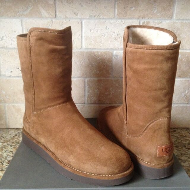 6b6c5d0758c UGG Collection Abree Short Bruno Suede Sheepskin BOOTS Womens Size 10 US