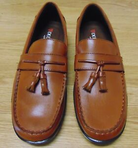 Deer Stags Bates Mens Brown Loafers with Memory Foam Comfort SZ 9.5 Brand New