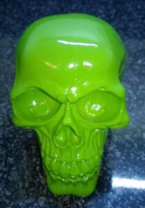 Halloween-Skull-Skeleton-head-Bright-Green-Colour-Ornament-Model-Resin