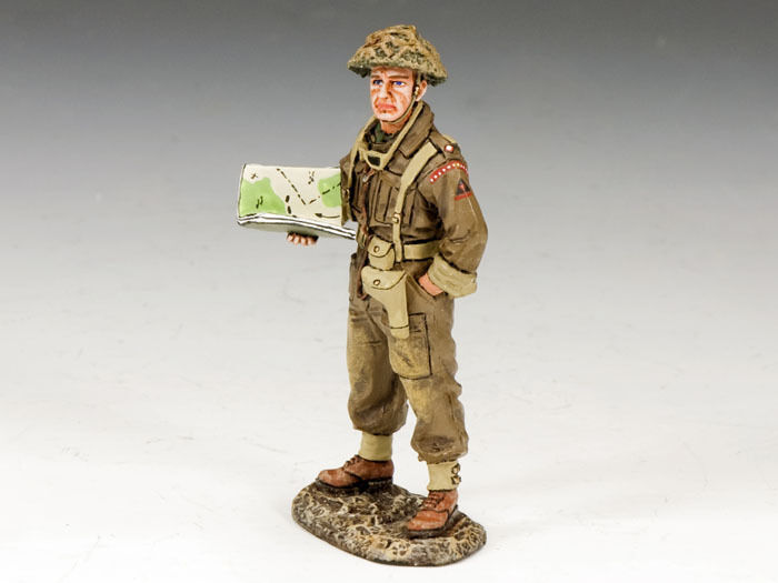 KING AND COUNTRY WW2 Officer with Map D Day DD170