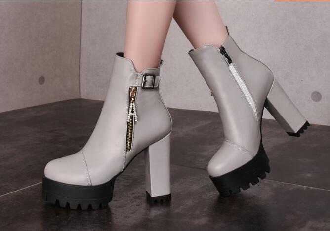 Bottes chaussures pour femmes talon 11 gris comme cuir chaudes confortable 8284