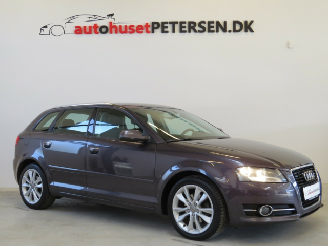 Audi A3 2,0 TDi 136 Attraction Sportback Diesel modelår…