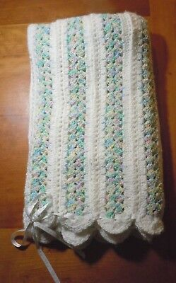 Large Handmade Knit Knitted Baby Blanket Pastel Scallop Edge Unisex Soft NEW