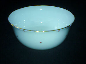 COLLINGWOOD-BONE-CHINA-white-with-red-dots-Sugar-Bowl