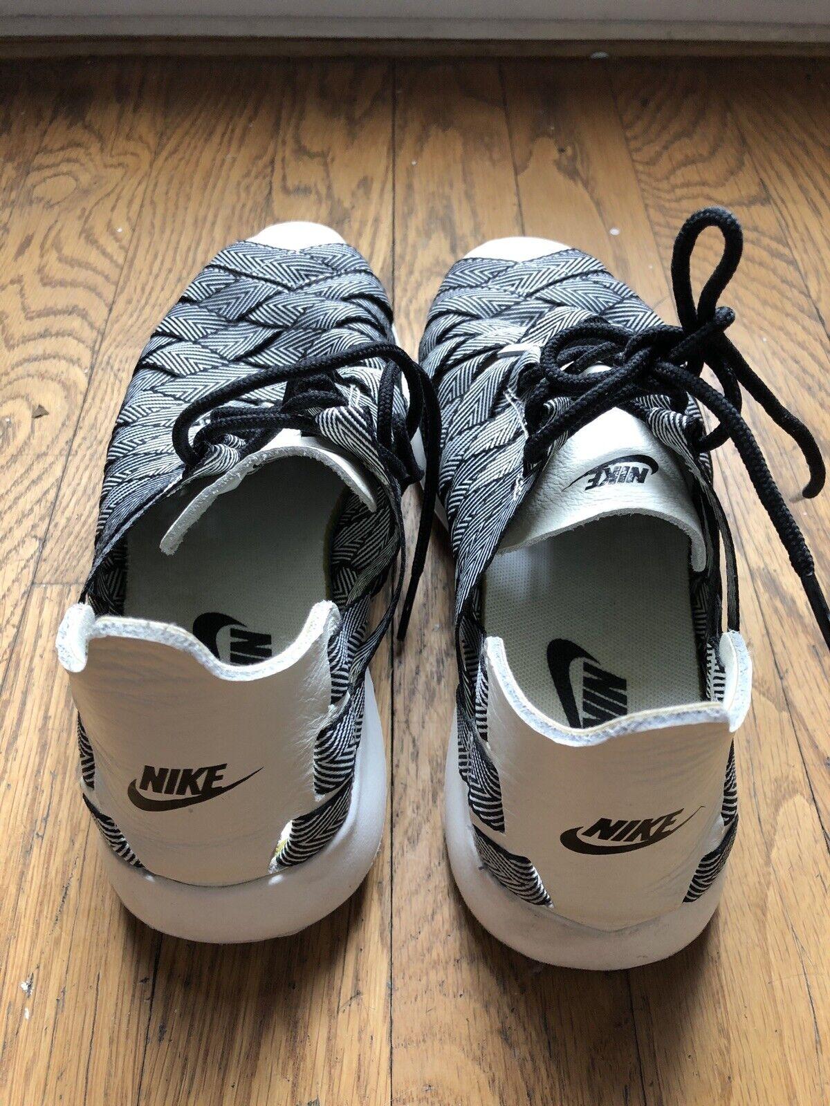 Nike Juvenate Woven Peemium Womens Shoe Size 6 - image 3