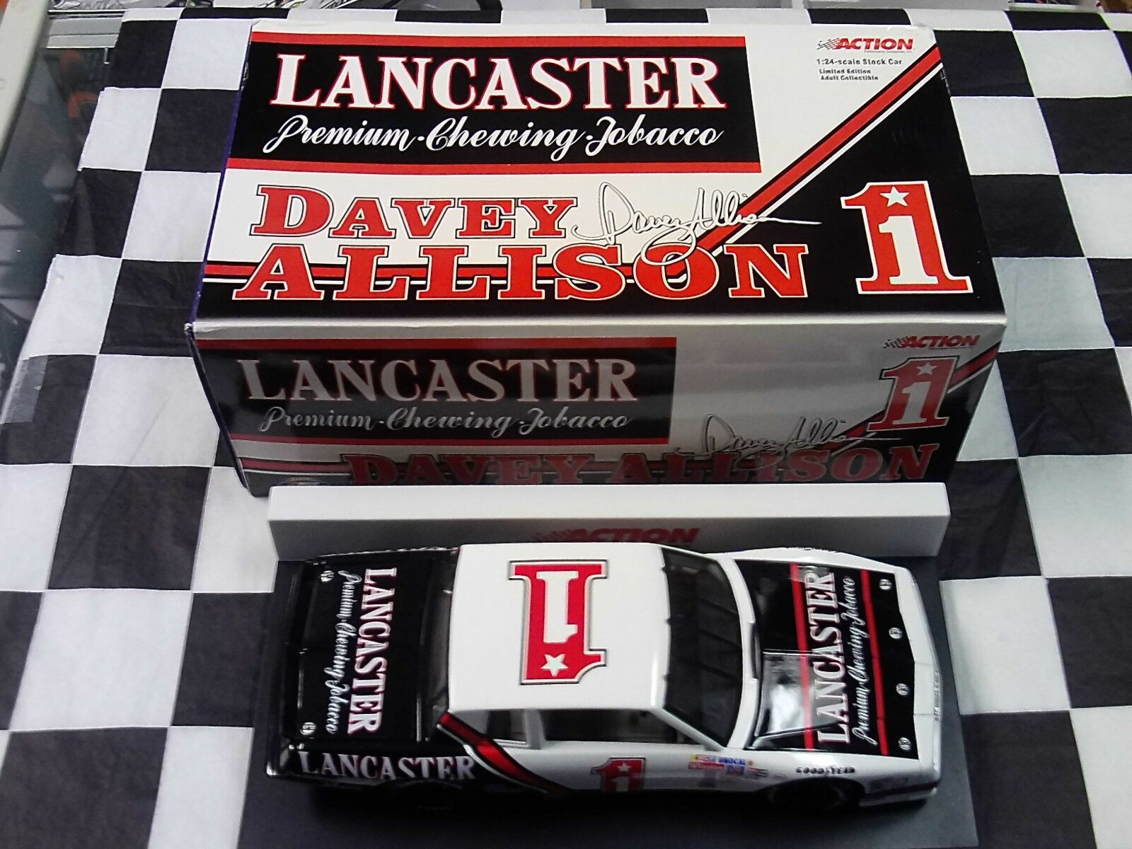 Davey Allison  1 Lancaster Tobacco 1985 Monte Carlo 1 24 car Action 100878