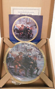 STAR TREK THE COMMEMORATIVE COLLECTION A PIECE OF THE ACTION PLATE HAMILTON NIB