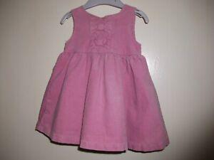 100% Vrai St Bernard Bébé Filles Rose Needlecord Doublé Robe-tablier-age 3-6 Mois-afficher Le Titre D'origine Dessins Attrayants;
