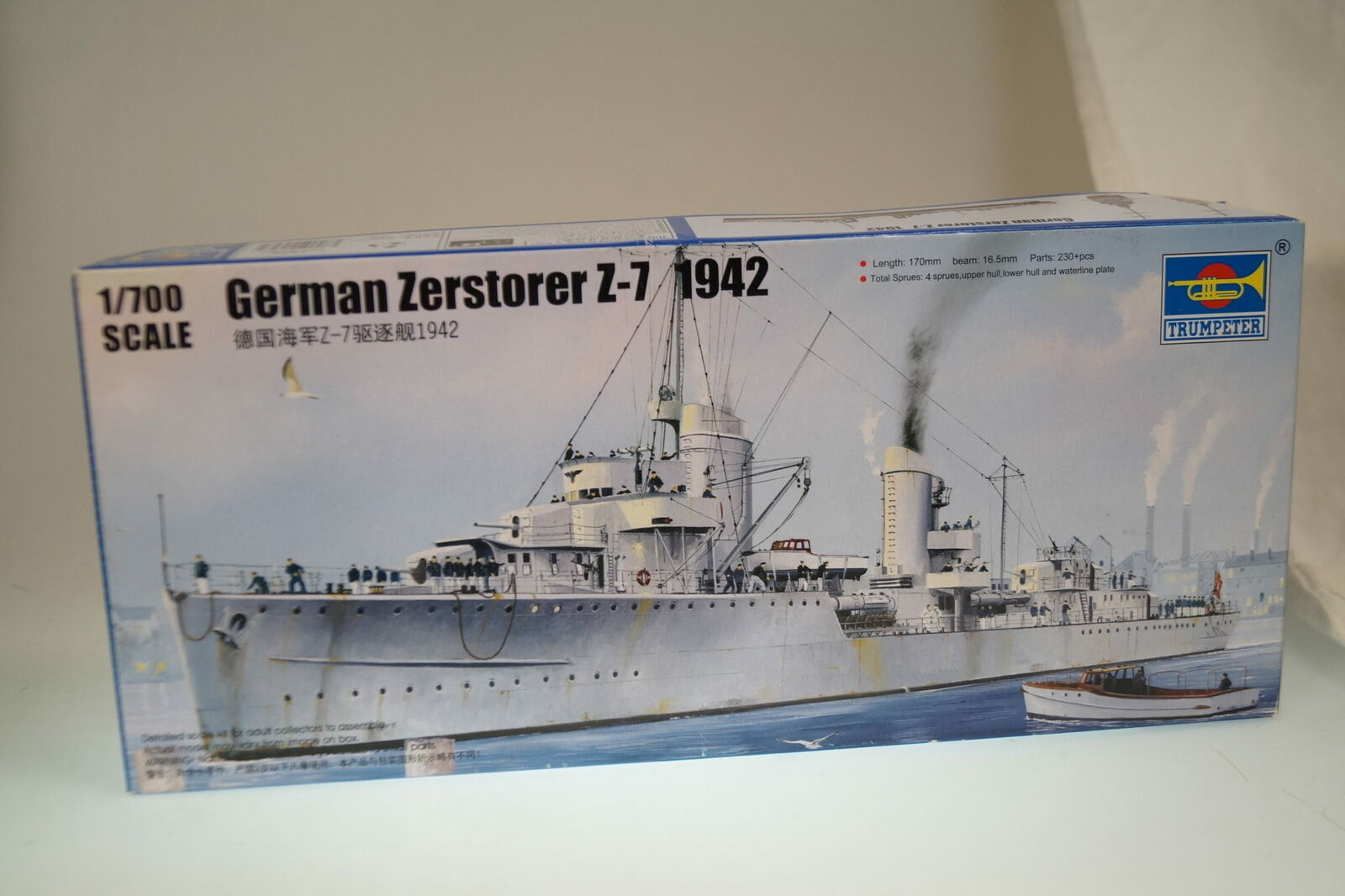 Trumpeter 05787 German Zerstörer Z-25 1944 Bausatz 1//700 neu und OVP