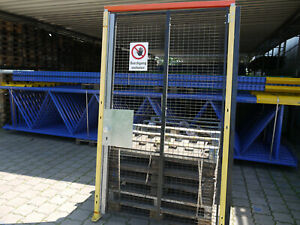Lagerverschlag-Gitter-Tuer-Rahmenmasse-ca-2-350-x-1-380-mm