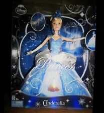Collectible Cinderella Disney Holiday 2012 Princess Mattel Barbie w/ Ornament