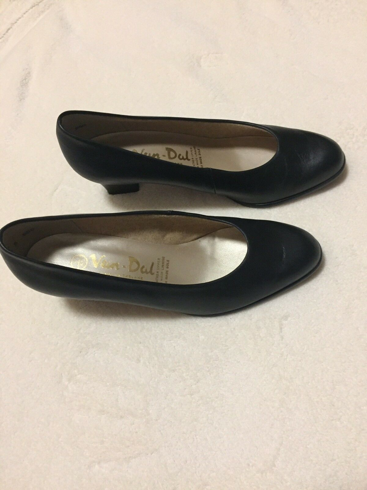 Van Dal Ladies shoes Size 5