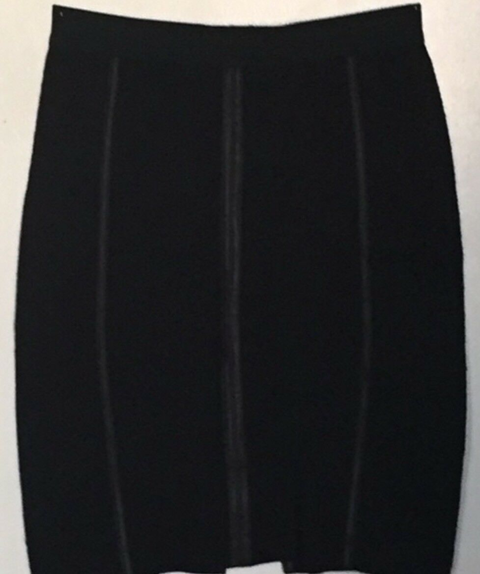 New without tag BCBG Max Azria Ebony B2537 Skirt Sz M