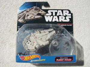 Star-Wars-Hot-Wheels-Naves-Espaciales-Millennium-Falcon-con-Pivitol-Vuelo