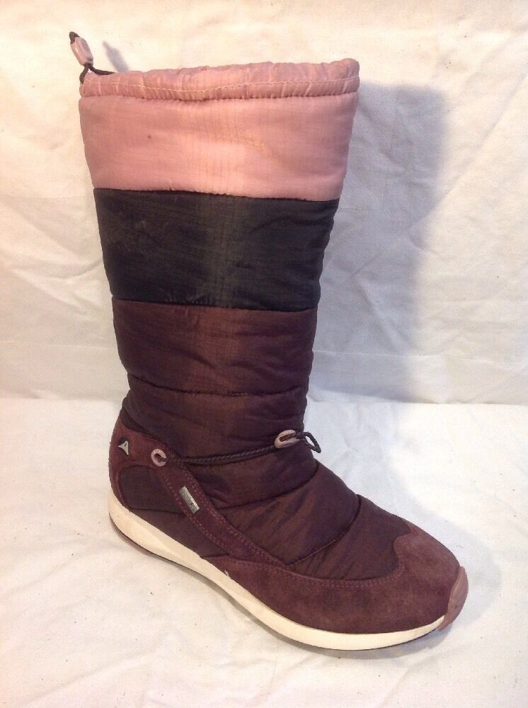 Clarks Maroon Mid Calf Boots Size 5.D