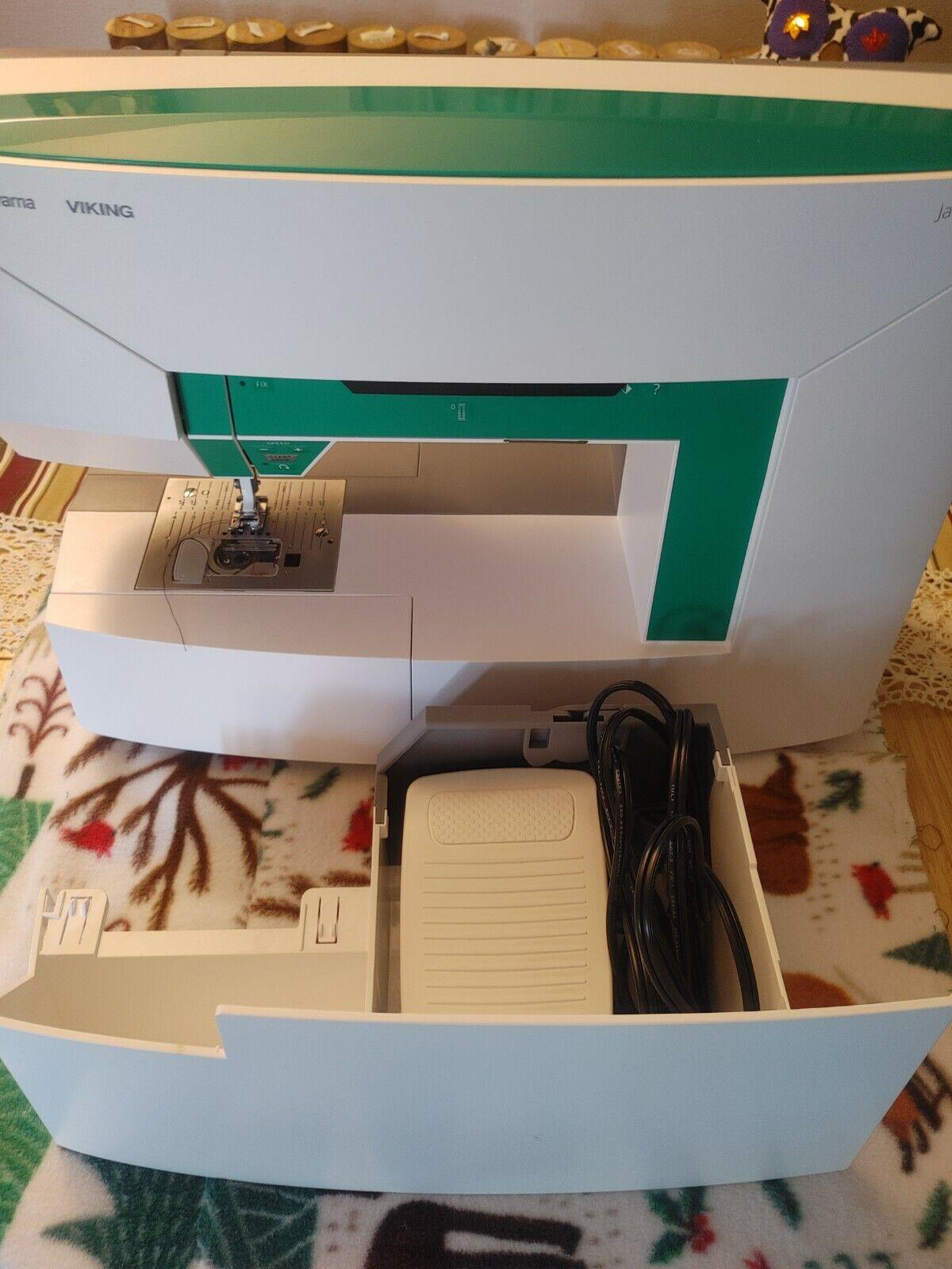 s l1600 - Husqvarna Viking Jade 20 Sewing Machine - 82 Stitches, Extra Feet, LED Display