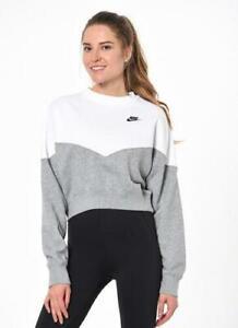 Women's XS nike sweatshirt