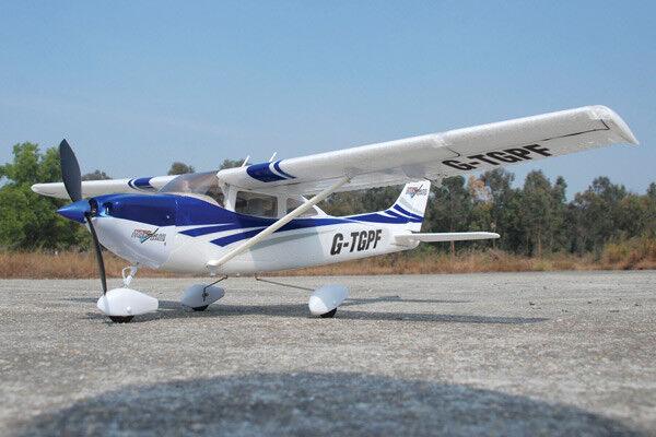 Park Flite Cessna 182 Skylane RTF 2.4Ghz - Blau: Ready To Fly RC Plane TGP0355B